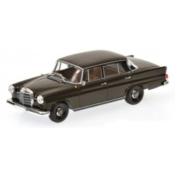 MINICHAMPS 400037202 MERCEDES 190 1961 MARRON 1.43