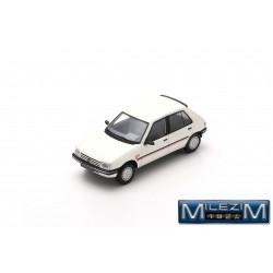 MILEZIM By Spark Z0027 PEUGEOT 205 GT 5 Portes Blanche 1983