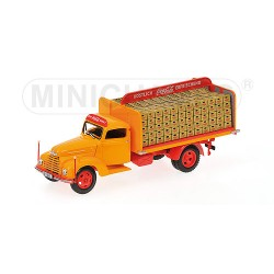 MINICHAMPS 439087050 FORD FK3500 1951 COCA-COLA 1.43
