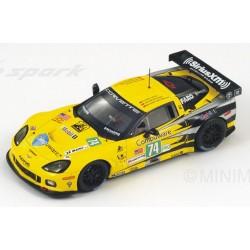 SPARK S2542 CORVETTE C6 ZR1 Corvette Racing N°74 LM1