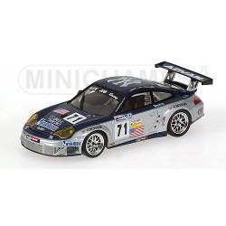 MINICHAMPS 400056471 PORSCHE 911 GT3 RSR LM05 1.43