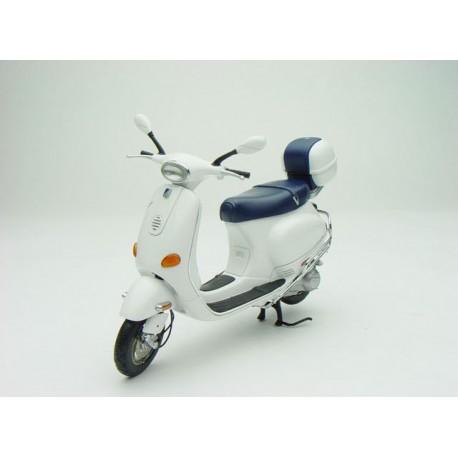 AUTO ART 12511 VESPA ET4 150 WHITE 1.12