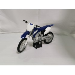 NEW-RAY NWR42453Y YAMAHA YZ-450F 2006 1.12