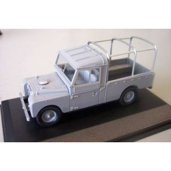 OXFORD LAN1109001 LAND ROVER 109 PICK UP GRIS 1.43