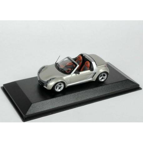 MINICHAMPS C62Q00 SMART ROADSTER CHAMPAGNE