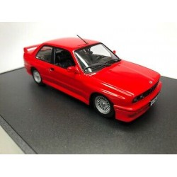 maxichamps 940020300 BMW M30 E30 ROUGE