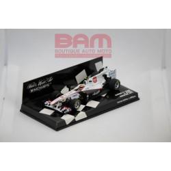 MINICHAMPS 410110087 SAUBER F1 SHOWCAR 2011 PEREZ