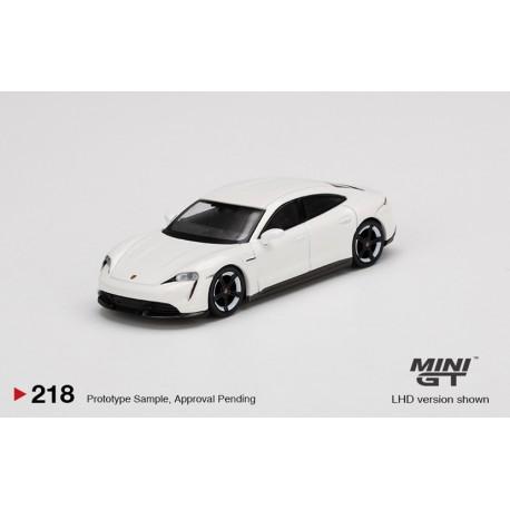 MINI GT00218-L PORSCHE Taycan Turbo S White (1/64)