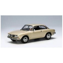 AUTOART 50104 ALFA 1750 GTV