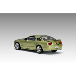 AUTOART 52761 FORD MUSTANG GT SHOW VERSION 1.43