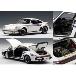 AUTOART 77972 PORSCHE 911 3.0 TURBO BANDES MARTINI