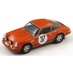 PORSCHE 911 N°37 1er M.Carlo 1969 B. Wal