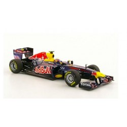 MINICHAMPS 410110002 RED BULL RACING RB7 WEBBER 2011 1.43